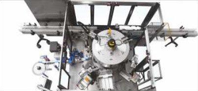 Etykieciarka futura top - Wersja maszyny ze stacją do kleju termotopliwego i do etykiety samoprzylepnej