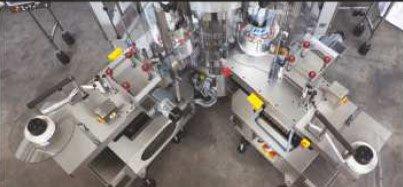 Adhesleeve master-slave - łatwy dostęp do wszelkich elementów maszyny dzięki gilotynowym osłonom zabezpieczającym