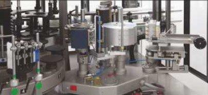 Etykieciarka pratica - Płozy stacji etykietującej PRATICA wyposażone w akcesoria pozwalające na ślizg boczny i ślizg poziomy, z możliwością programowania pozycji formatowej.