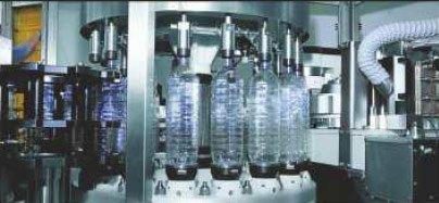 Etykieciarka rollmatic - system etykietowania pustej butelki plastikowej z wykorzystaniem sprężonego powietrza